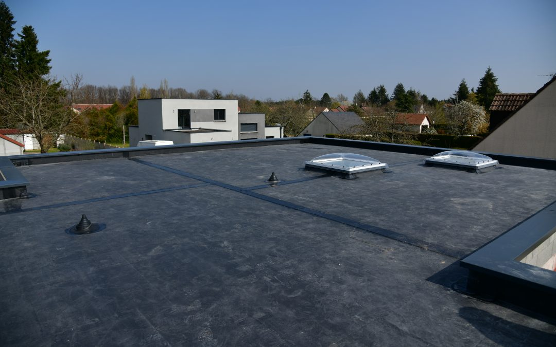 KEEP YOUR MIND IN THE GUTTER: 5 IMPORTANT WAYS TO AVOID COSTLY REPAIRS TO ROOFS AND THE STRUCTURES BENEATH